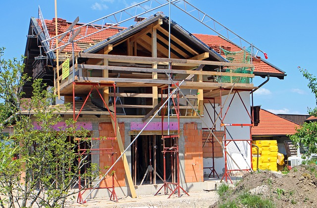 Why Working with an Unbonded Construction Company is a Big No-No